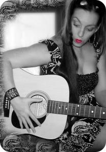Mel guitar3